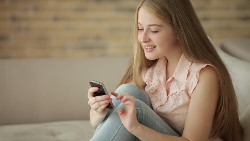 mua mã thẻ Mobi bằng SMS Viettel