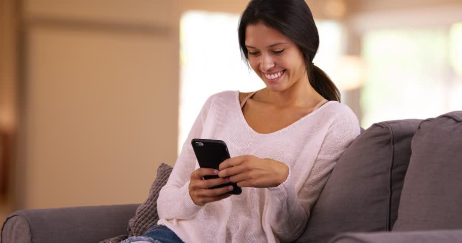 Vì sao nên đăng ký Internet Banking Techcombank online?